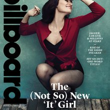 Idina Menzel's Fairy Tale Journey: From Broadway to 'Frozen' and a 'Gorgeous' Note From John Trav...