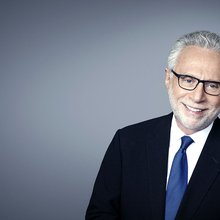 Q&A with Wolf Blitzer on Muslim Refugees, 'Fake News' and His Favorite Journalism Movie - Jewish ...