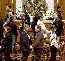 Same-sex weddings usher in new era in Washington state
