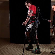 Exoskeleton allows paraplegics to walk
