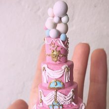 These Miniature Wedding Cakes Are the Ultimate Wedding Keepsake