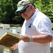 Clay County veteran eases effects of PTSD through beekeeping, farming