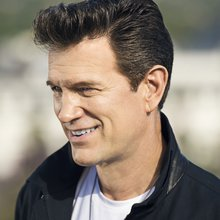 Chris Isaak cut new album in Nashville