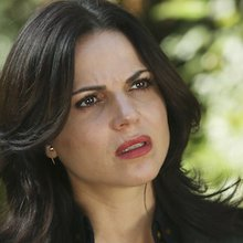 Emma & Regina's 'Once Upon A Time' Relationship Will Continue To Grow In Season 5B, Star Lana Par...
