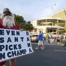 Best signs from BCS national championship game (PHOTOS)