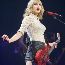 Taylor Swift 'Red' Tour at Scottrade Center 3/18/13: Review, Photos and Setlist