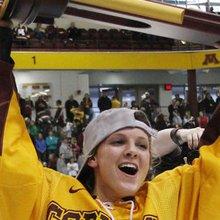 Women's Frozen Four 2013: Minnesota creates history after 'impossible' season