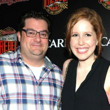 'SNL' Cast News: Vanessa Bayer, Bobby Moynihan Leaving Show Following Tonight's Season Finale