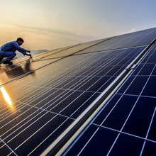 AfDB considers financing three solar energy projects in Egypt for $60m - Daily News Egypt