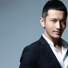 Sino Celeb: Huang Xiaoming