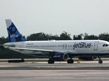 JetBlue flight diverted to Charleston after crew smelled odor onboard