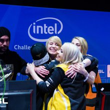 Team Dignitas Female destroy RES Gaming, win Intel Challenge Katowice | News | Cybersport.com