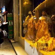 Iranians seek relief in Christmas celebrations
