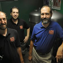 Personnes d'Acadiana: The Brothers Brew