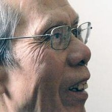 Nguyen Chi Thien dies at 73; poet, Vietnamese prisoner
