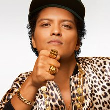 Bruno Mars an old Soul keeps the party going!