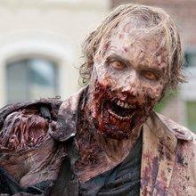 The Walking Dead Rising - Mercado Bilingüe