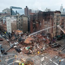 Emergency responders rush to 'collapsed New York City building'