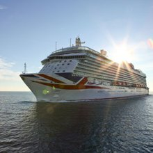 P&O Cruises flagship Britannia 'hit by Sea Dream I in Barbados'