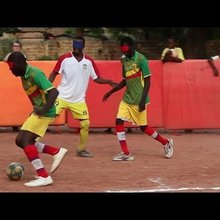 Young blind players take to the pitch in Mali