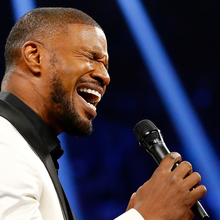 Jamie Foxx Takes A Beating For Anthem At Mayweather-Pacquiao Fight...