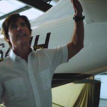 """American Made"" starring Tom Cruise - CNN Video"