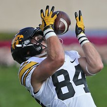 Iowa Football: Dont Expect Iowa To Roll Over For Buckeyes