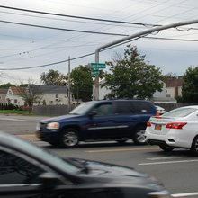 Busy O'side intersection gets new crossing guard amid concerns