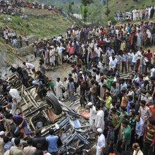 India's Schoolchildren Face Deadly Roadways