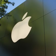 Apple Inc. Partners With Radioshack for New Payment Method