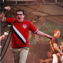 Weezer and Their Triumphant Return to Music [Review]