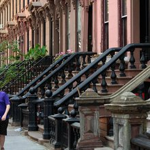 For China's Middle Class, Brooklyn Real Estate Offers More than a Green Card