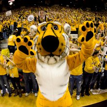 Missouri students snatch tickets for exhibition game against Kansas with crazy-fast speed