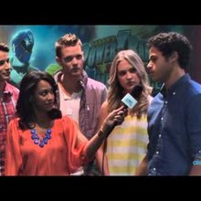 Power Rangers Super Megaforce - Cast Interview | Nick Hotel 2014