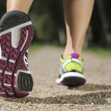Focus on Your Feet to Prevent Running Injuries | LIVESTRONG.COM