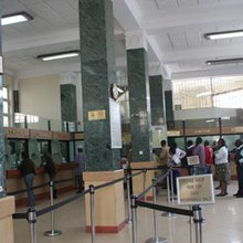 How gang is stealing from depositors