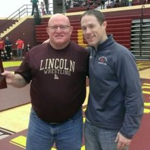 'Brother Lew' keeps Lincoln wrestling