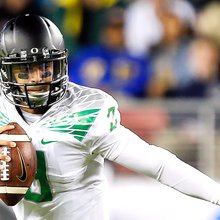 'Jesus, girls and Marcus Mariota': Sixth-grader asks if Ducks QB is leaving