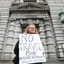 Appeals court rules against Trump on immigration ban