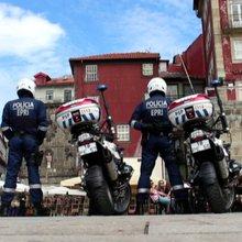 """Polícias """"motards"""" atacam o crime no Porto - JN Live"""