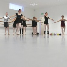 Ballet para adultos, nunca é tarde para (re)começar - JN