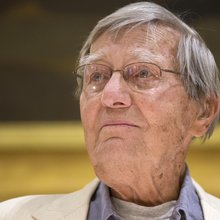 Galway Kinnell honored by poets, friends