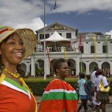 Srefidensi Dey: Surinamers vieren verjaardag republiek