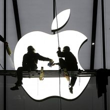 Breakfast At Apple Store? Tim Cook Plans Tiffany's-Like Retail Facelift Ahead Of Gold Watch Debut