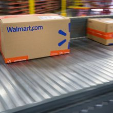 Wal-Mart Will Punish Its Suppliers for Delivering Late - or Early