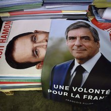 France's two big parties face long-term decline