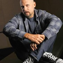 David Ayer writes his own rules for the cop genre in 'End of Watch'