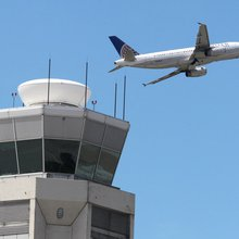 Is United Airlines as terrible about delaying flights as people think it is?