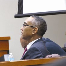 Jury squabbles delay Ellis verdict