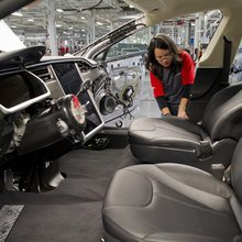 Economy in U.S. Expands More Than Forecast on Inventories